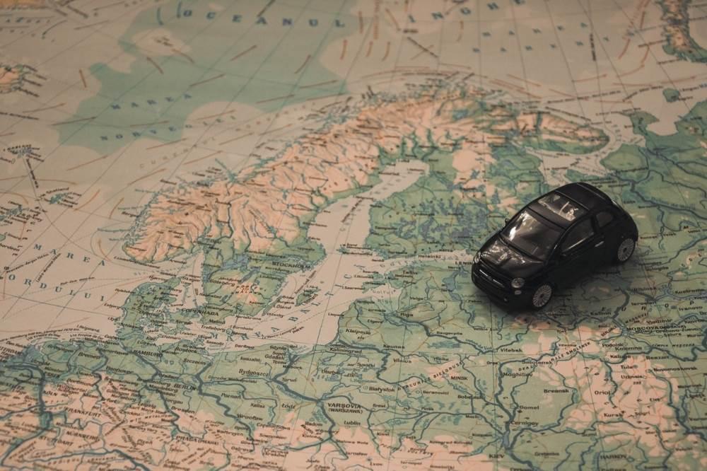 10 consejos para viajar con coche de alquiler