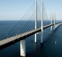 El Puente de Öresund, conexión directa entre Copenhague y Malmö (Dinamarca y Suecia)