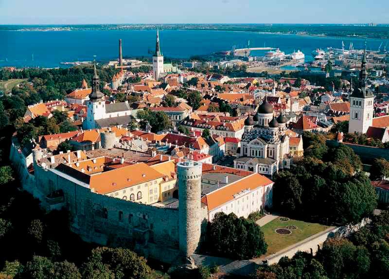 Colina Toompera de la Ciudad medieval de Tallin, Esztonia