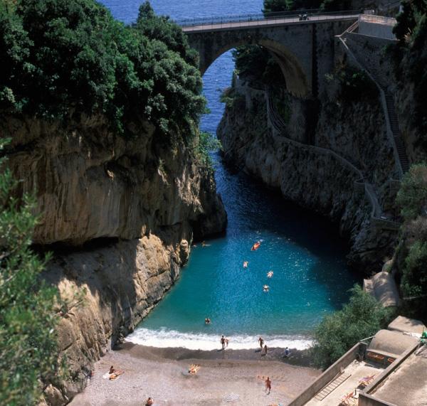 Playa Marina di Furore, Costa Amalfitana, Italia
