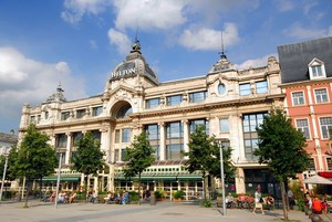Antwerp Travel Guide