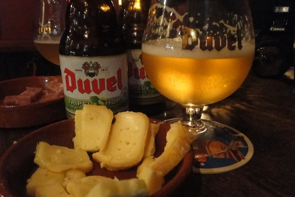 Beer Tourism Café Duvel triple hop beer tasting and food pairing