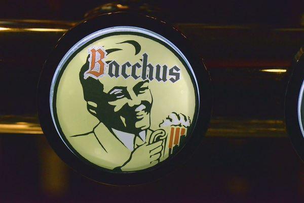 Bacchus, Cafe Manuscript, Manuscript