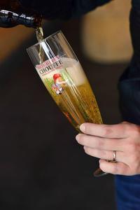 Brasserie D'Achouffe,Houblon Chouffe, Pouring Glass