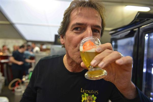Pierre Gobron owner of Les 3 Fourquets brewery at Brassigaume