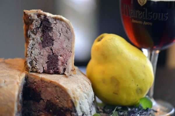 Game paté with Maredsous and quince jelly