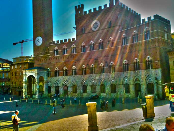 Splendid View of the Palazzo Pubblico, Siena