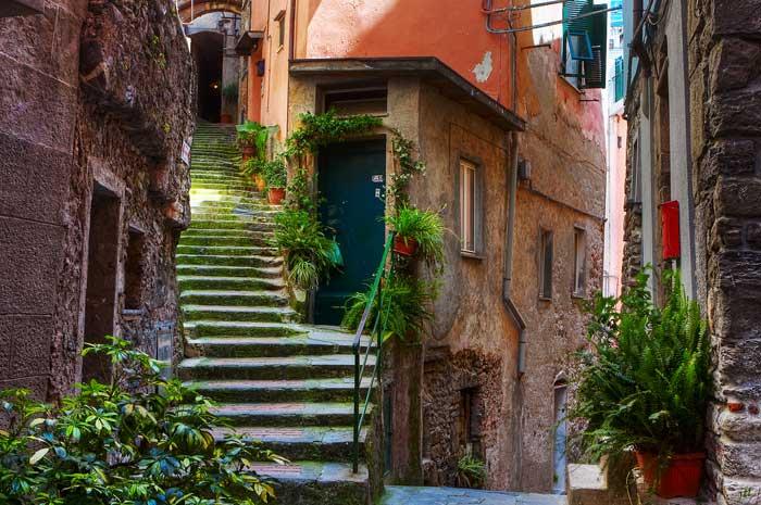 Streets of Vernazza, Italy Cinque Terre