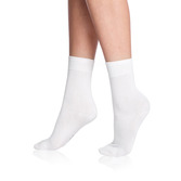 1465_ladiesdryandcoolsocks_white