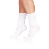 1569_eleganceladiessocks_white