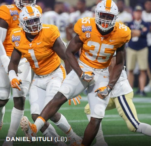 Tennessee LB, Daniel Bituli