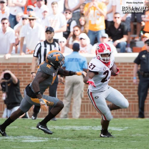 Georgia TB Nick Chubb (27) out runs Vols' DB Emmanuel Moseley - 2nd quarter, UGA vs. Tennessee - Saturday, Sept. 30, 2017