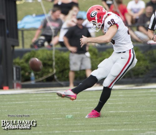 Rodrigo Blankenship kicks it off - UGA vs. Vanderbilt - Saturday, October 7, 2017