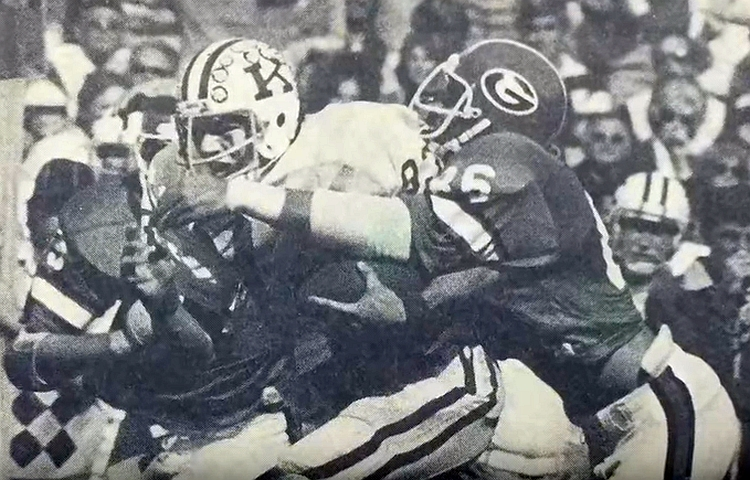No. 8 Kentucky at Georgia, Oct. 22, 1977  (Photo: YouTube screen-capture)