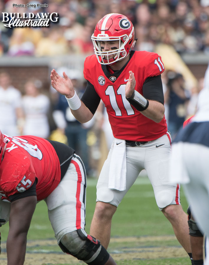 QB Jake Fromm (11) awaits the snap from center Lamont Gaillard. - UGA vs. GT - Nov. 25, 2017 -