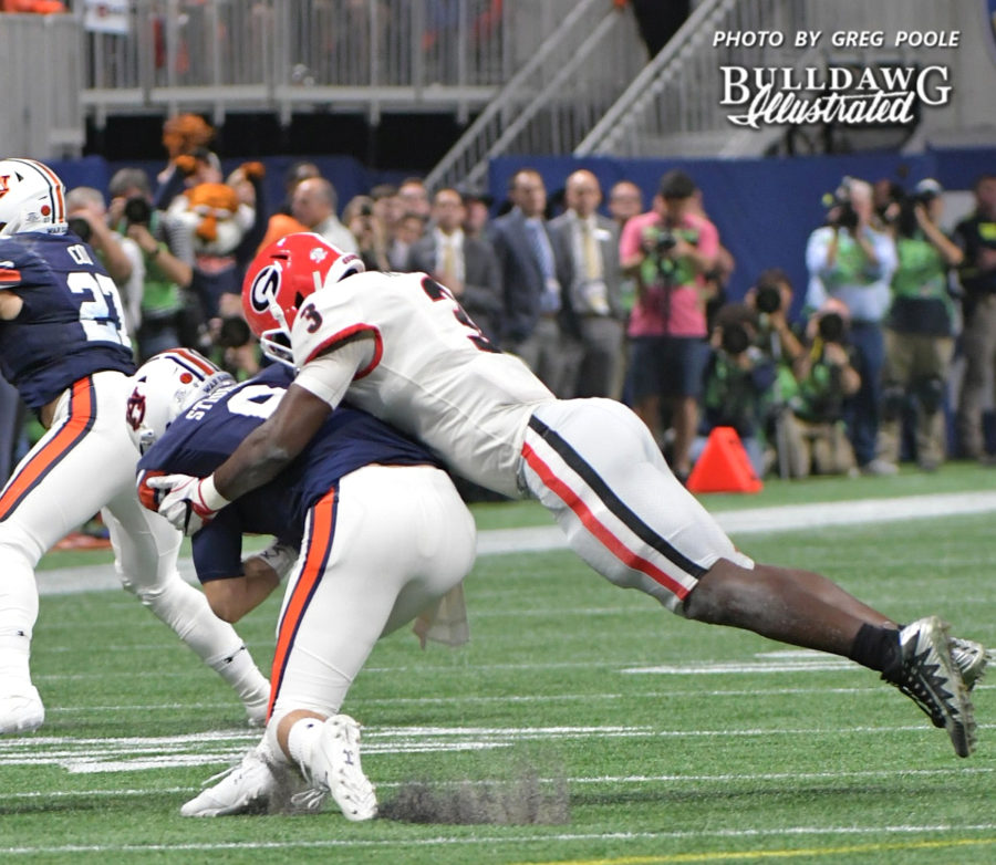 Georgia ILB Roquan Smith (3) tackles Auburn QB Jarrett Stidham (8) - 2017 SEC Championship, Saturday, Dec. 2, 2017 -