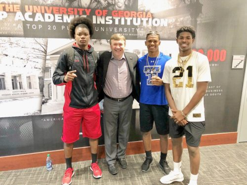 Lewis Cine with Kirby Smart, Shilo and Shedeur Sanders. Photo @LewisCine Twitter