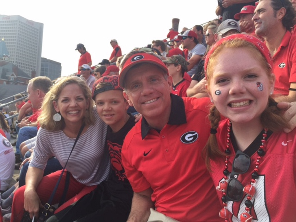 Jennifer, James, Brook and Allie Whitmore - UGA vs. GT - 28-Nov-2015 (Photo by Vance Leavy)