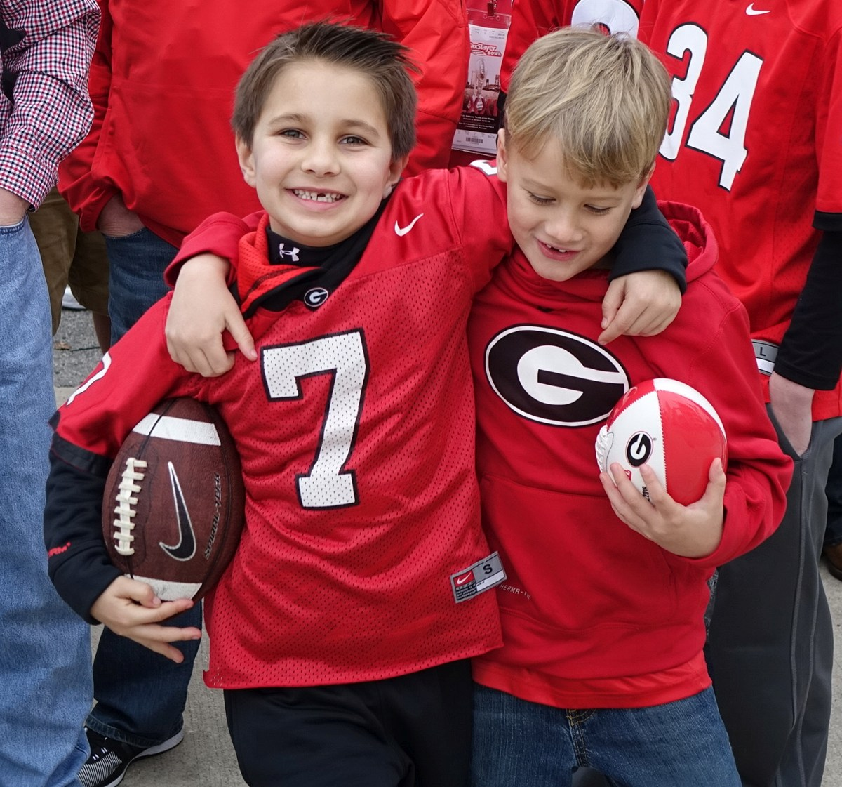 Dawg Walk Kids - TaxSlayer Bowl - 02-JAN-2016 (Photo by Greg Poole)