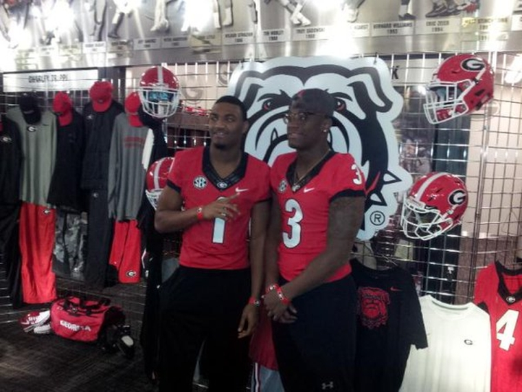 Jeawon Taylor and Lyndell Wilson (Photo courtesy of Twitter - MadHouse Training)