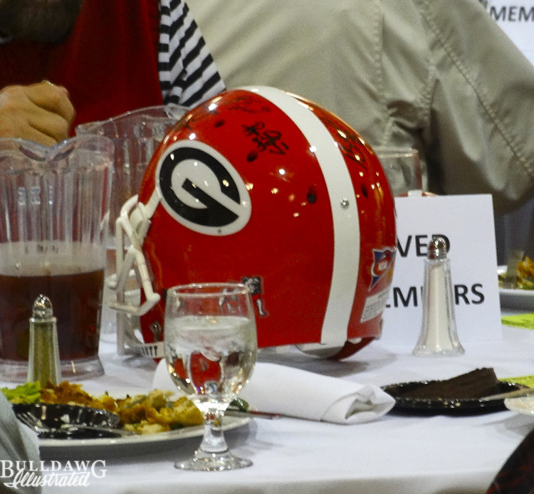 Helmet autographed by all living UGA coaches 22-Feb-16