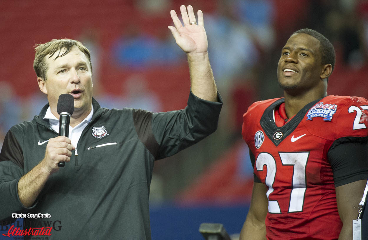 Kirby Smart speaks to the crowd postgame