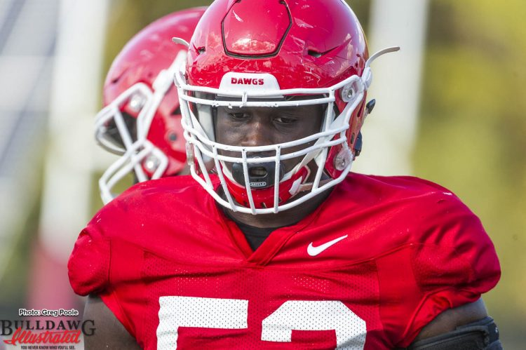 Michael Barnett practices with the offensive line 10/19/2016