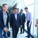 CNN's Richard Quest arrives in Sri Lanka