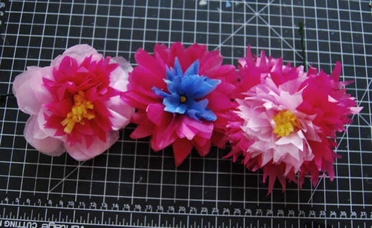 Step by step paper flowers mightylinksfo