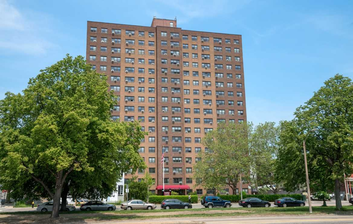 Carson tower apartments akelius 1410 columbia road south boston