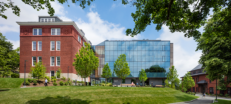 Tufts university science and engineering complex medford ma payette architecture turner construction company