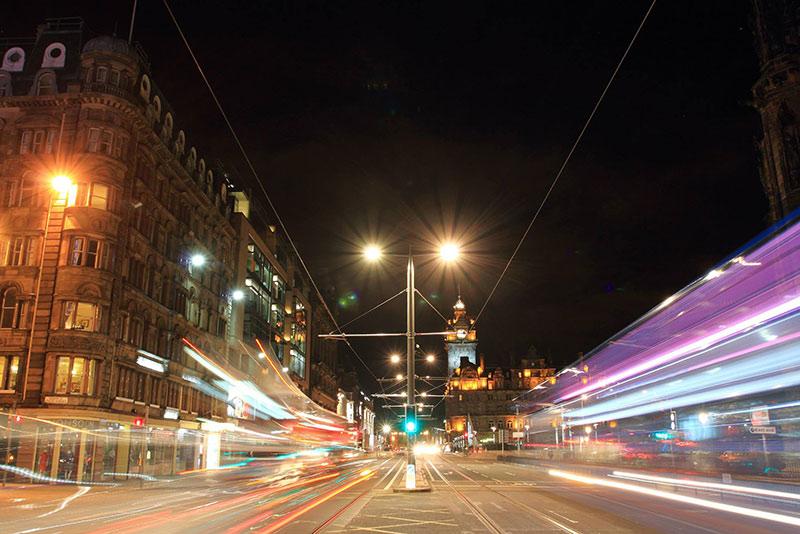 Edinburgh at night. Photo by Chairat Photjanatrakankul, Tester at NN4M.