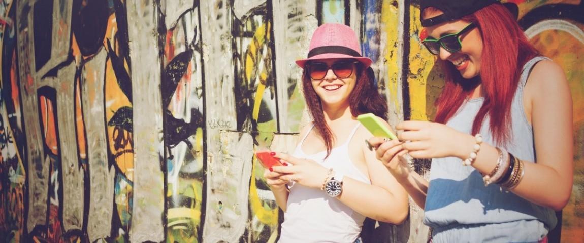 "10 Imágenes Que Muestran Nuestra Adicción A La Tecnología</h1> <ul class=""postSocial""> <li class=""itemSocialShare""> <a href=""javascript:;"" class=""postSocialFacebook""> <img src=""http://blog.joinnus.com/wp-content/themes/binderpro/images/facebook.png""/> </a> </li> <li class=""itemSocialShare""> <a href=""javascript:;"" class=""postSocialTwitter""> <img src=""http://blog.joinnus.com/wp-content/themes/binderpro/images/twitter.png""/> </a> </li> <li class=""itemSocialShare""> <a href=""javascript:;"" class=""postSocialGoogle""> <img src=""http://blog.joinnus.com/wp-content/themes/binderpro/images/google.png""/> </a> </li> <li class=""itemSocialShare""> <a href=""whatsapp://send?text=Échale un vistazo a este evento '10 Imágenes Que Muestran Nuestra Adicción A La Tecnología' http://blog.joinnus.com/10-imagenes-que-muestran-nuestra-adiccion-a-la-tecnologia/"" class=""postSocialWhatsapp"" data-action=""share/whatsapp/share""> <img src=""http://blog.joinnus.com/wp-content/themes/binderpro/images/whatsapp.png""/> </a> </li> </ul>"