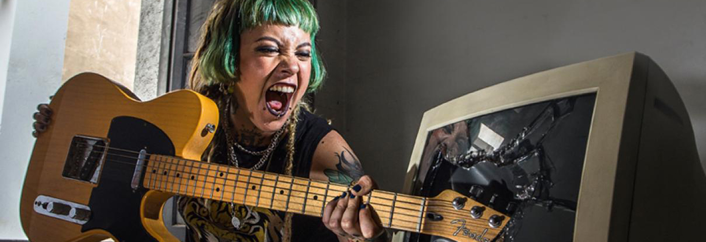 20 bandas y artistas de mujeres peruanas que deberías escuchar . Parte II