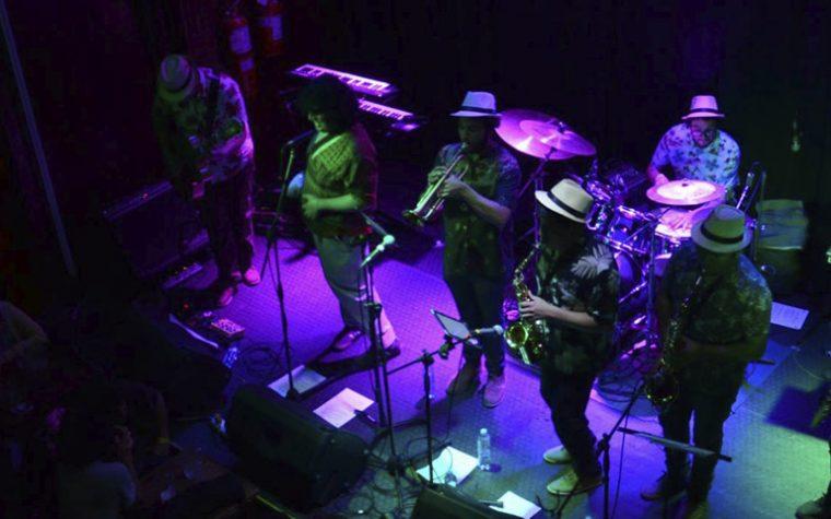 ¡Entérate que artistas se presentan en La Noche de Barranco en lo que queda del mes!