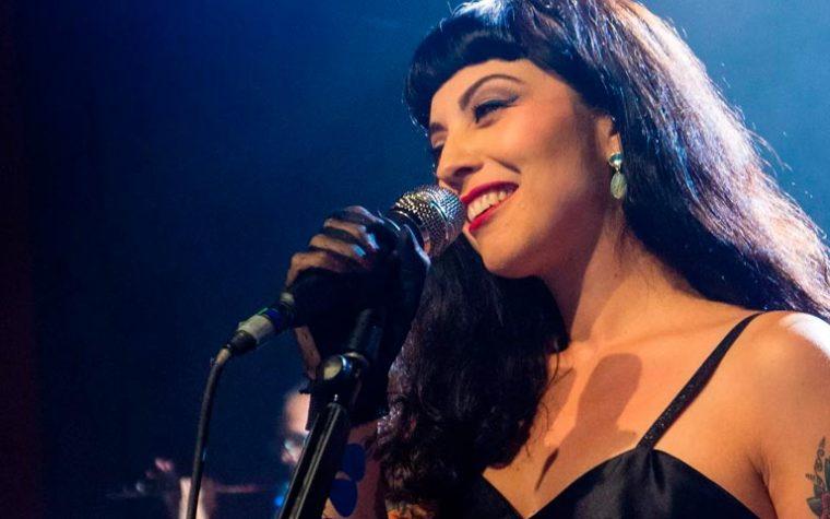 Conoce algunos de los mejores conciertos de la cantante chilena Mon Laferte