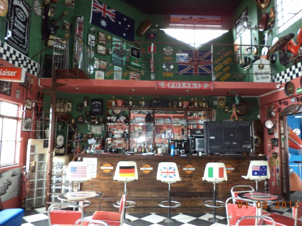 um pouco do underground pub de bh  palco do evento oficial de junho do kekanto