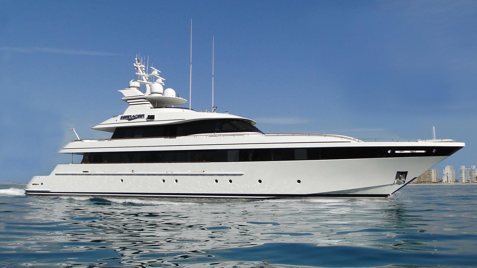 Multi-Award-Wining High-Speed Feadship Motor Yacht - 153 FEADSHIP For Sale