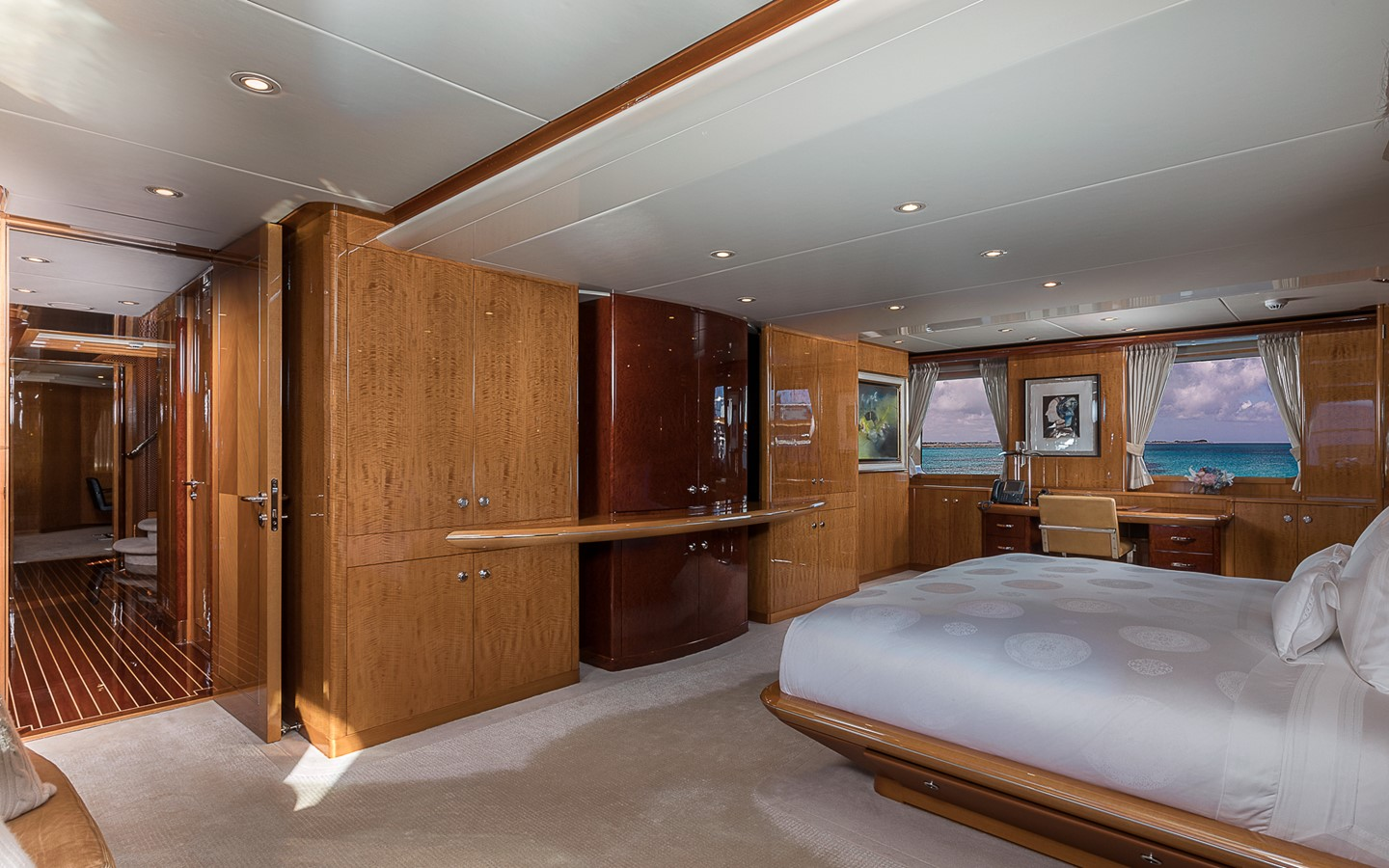 153 FEADSHIP For Sale