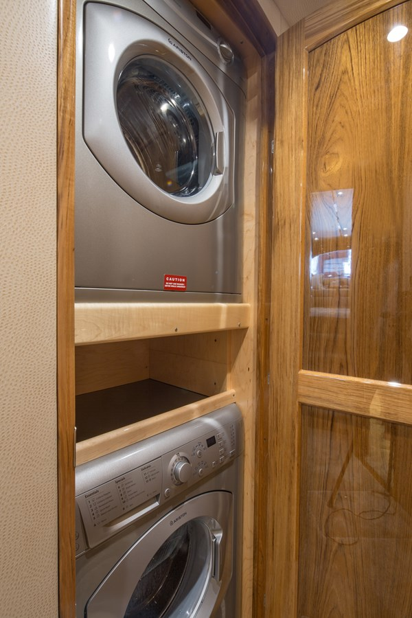 Viking 62 Washer and Dryer - 62 VIKING For Sale
