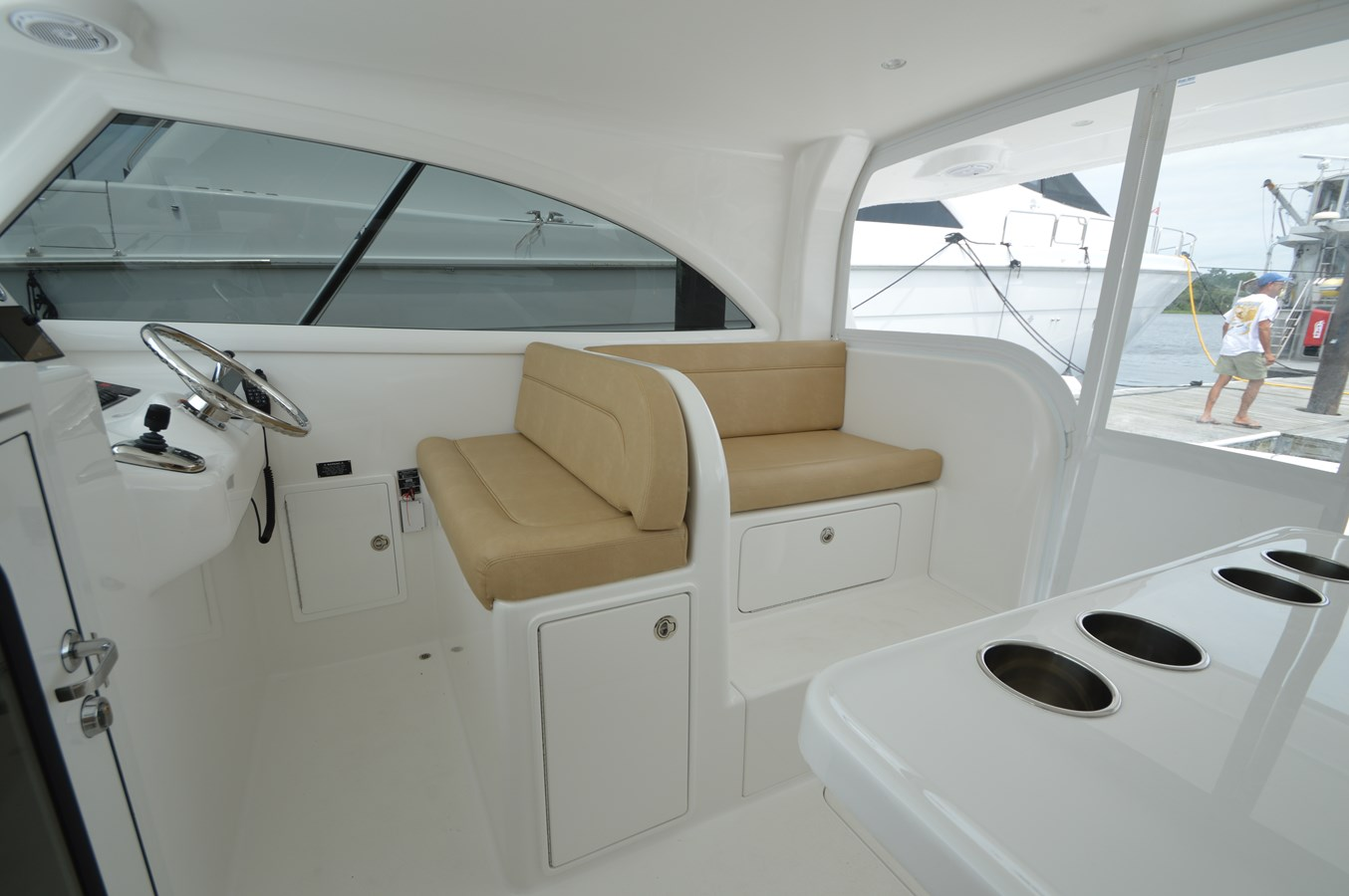 Helm Seating - 37 VIKING For Sale