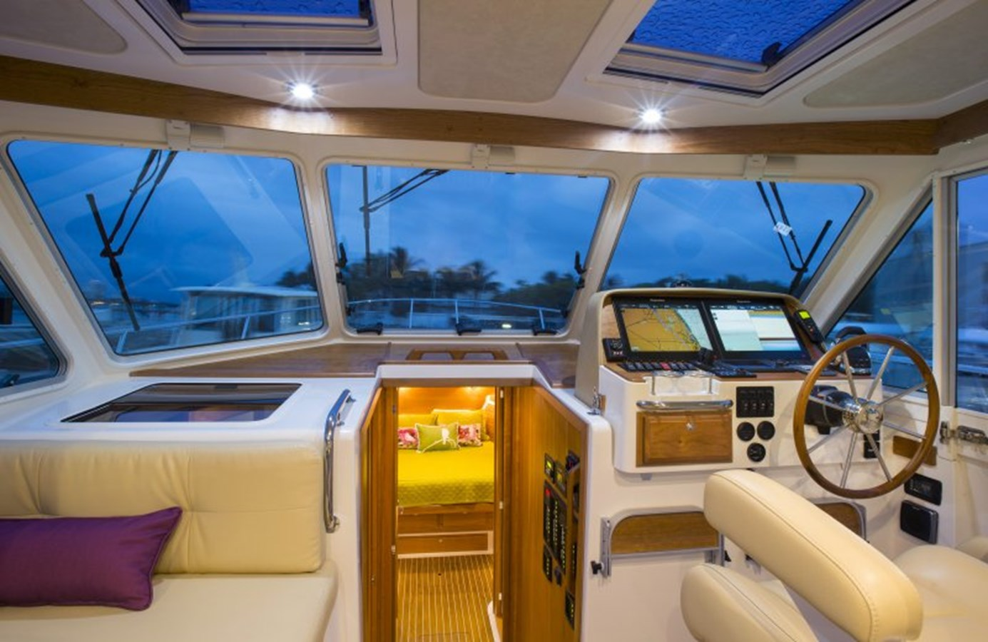 bc41 helm - 41 BACK COVE For Sale