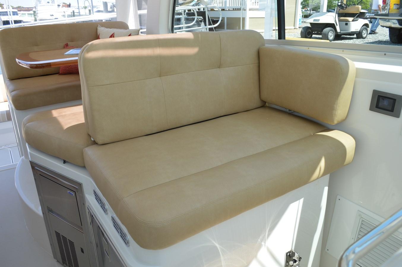 Comanion Seat - 34 BACK COVE For Sale