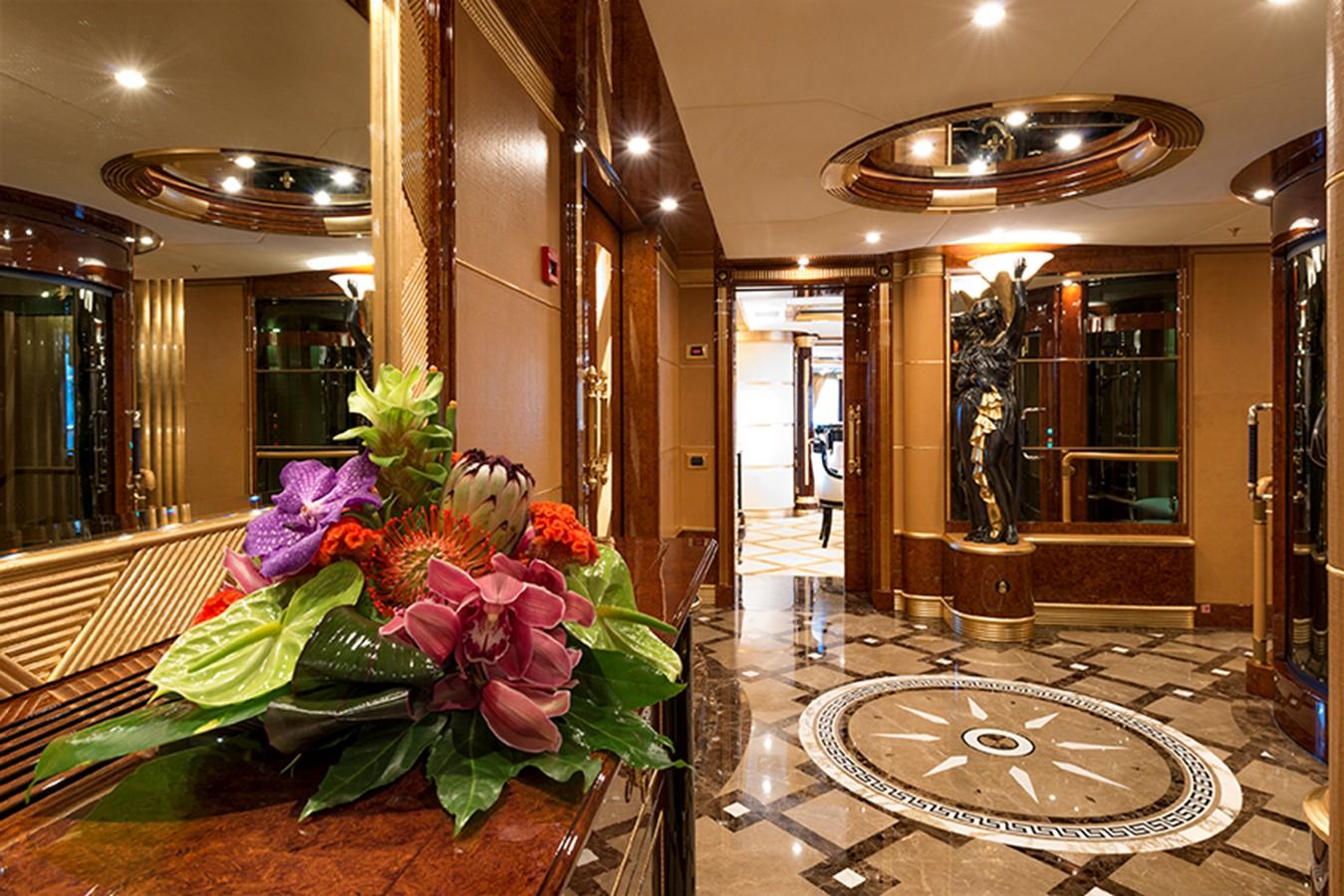 Foyer - 203 BENETTI For Sale
