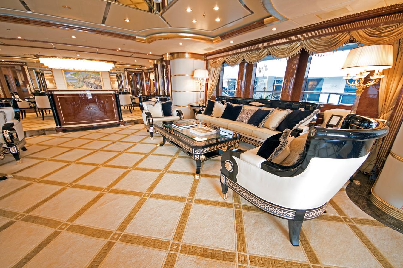 Main Salon - 203 BENETTI For Sale