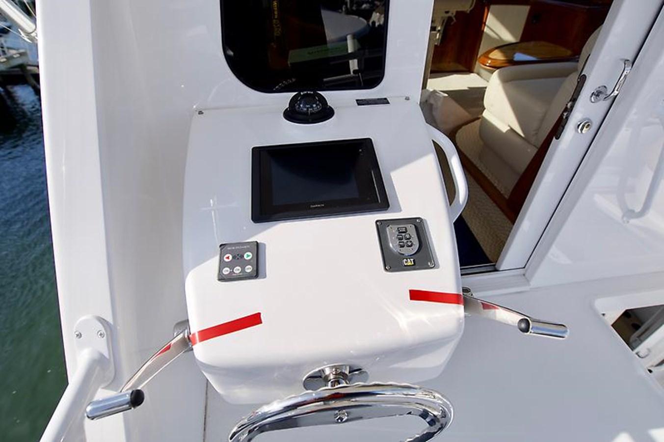 62 Viking Cockpit Controls - 62 VIKING For Sale