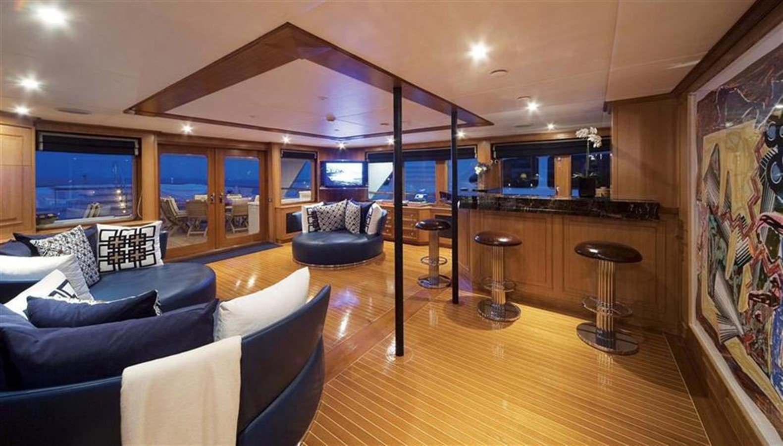 Skylounge - 159 FEADSHIP For Sale