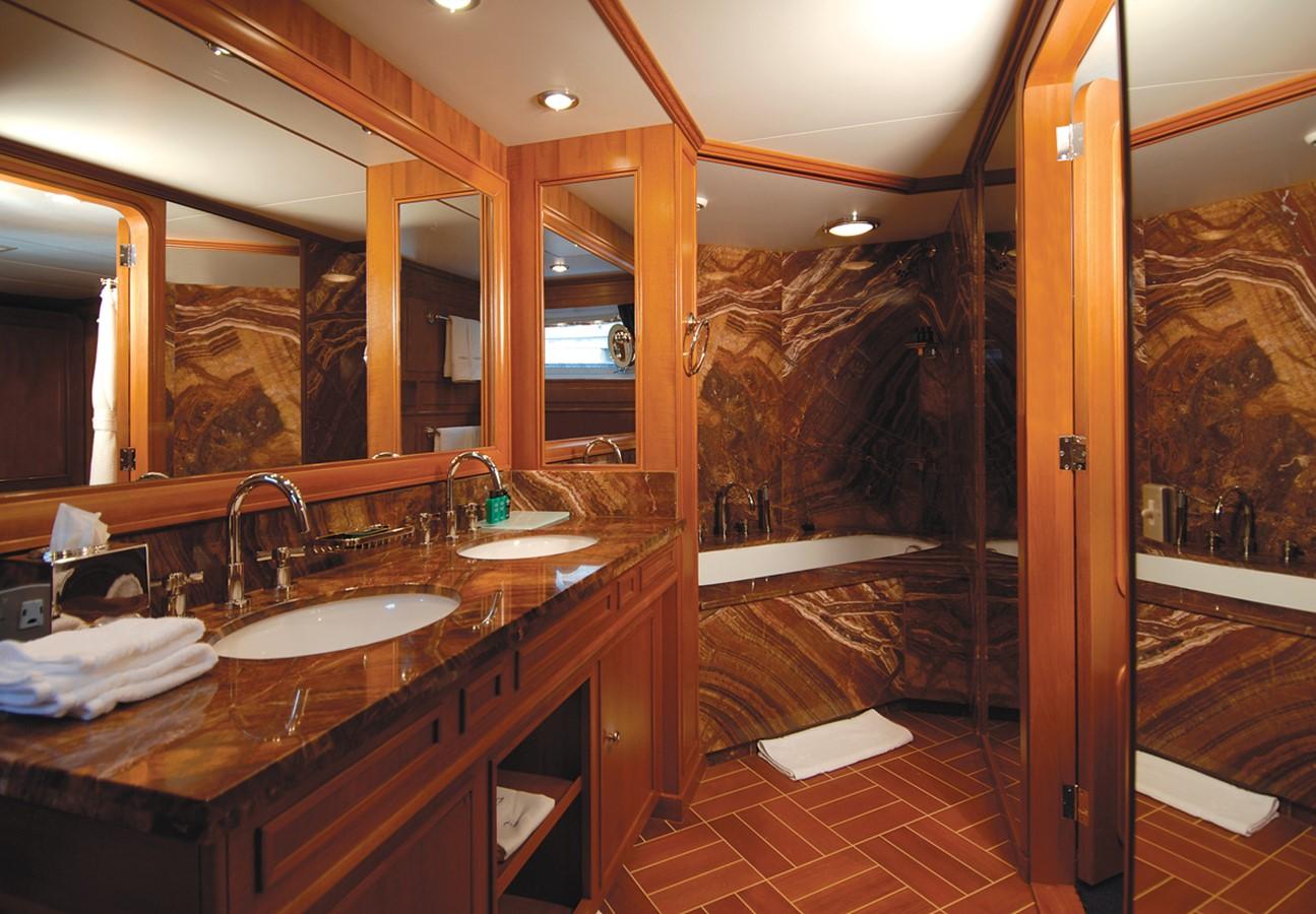 Guest Bathroom - 159 FEADSHIP For Sale