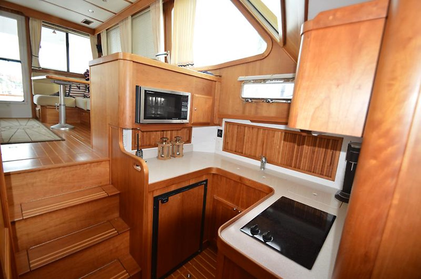 Galley - 42 SABRE YACHTS For Sale