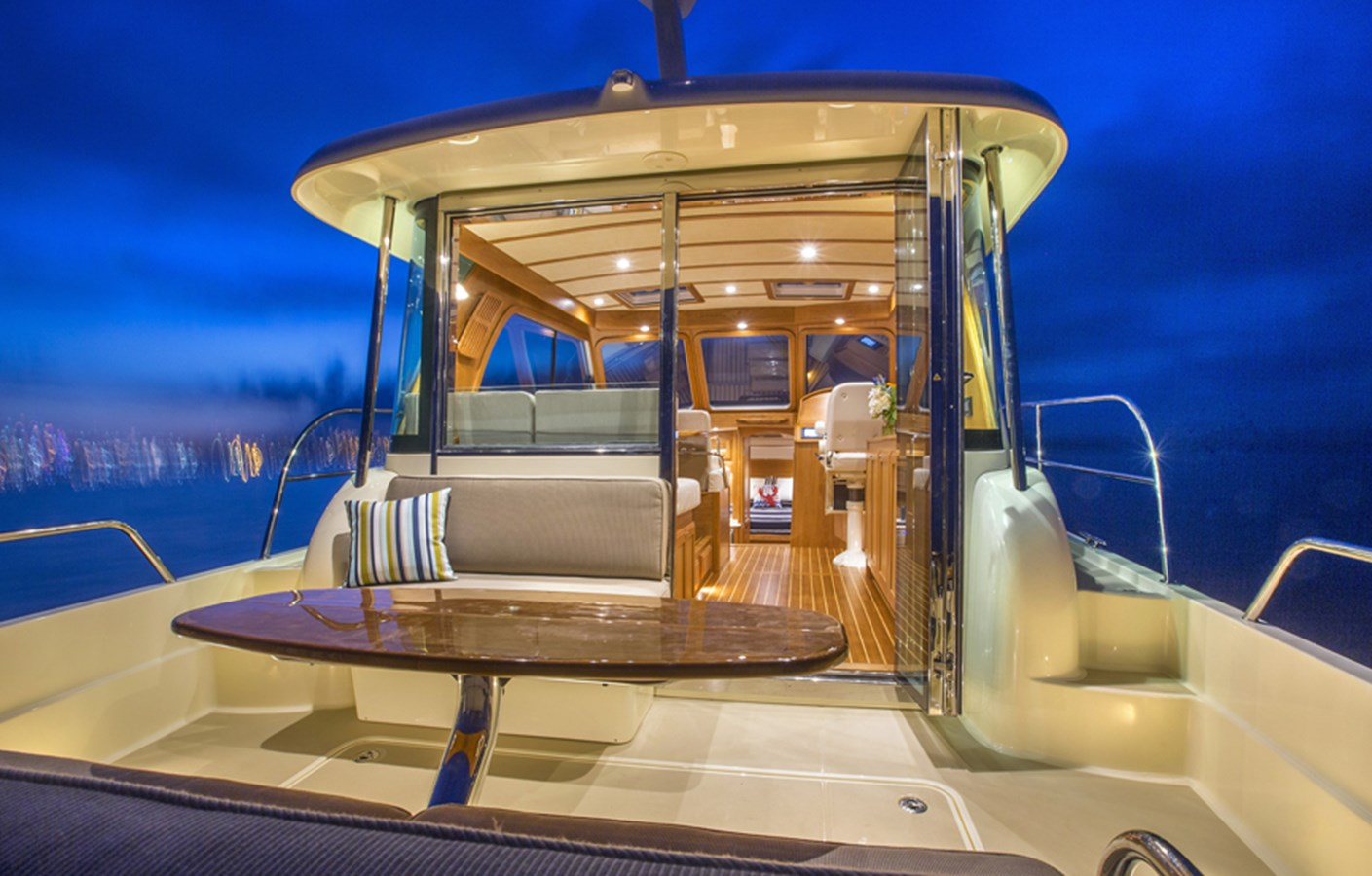 Cockpit Looking Fwd - 38 SABRE YACHTS For Sale